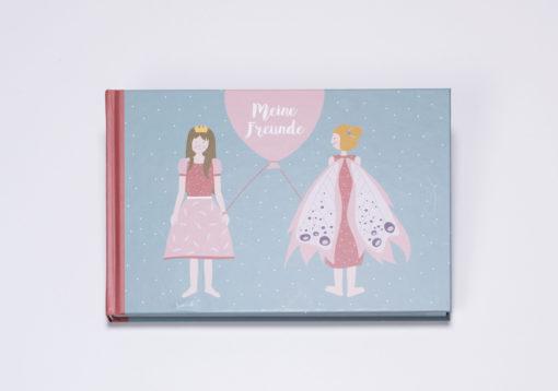 Freundebuch von ava&yves für Kinder von 3 bis 6 Jahren. Elfen, Einhörner und Prinzessinnen wechseln sich auf den 96 Seiten des Hardcover-Buches im A5 Querformat thematisch ab.