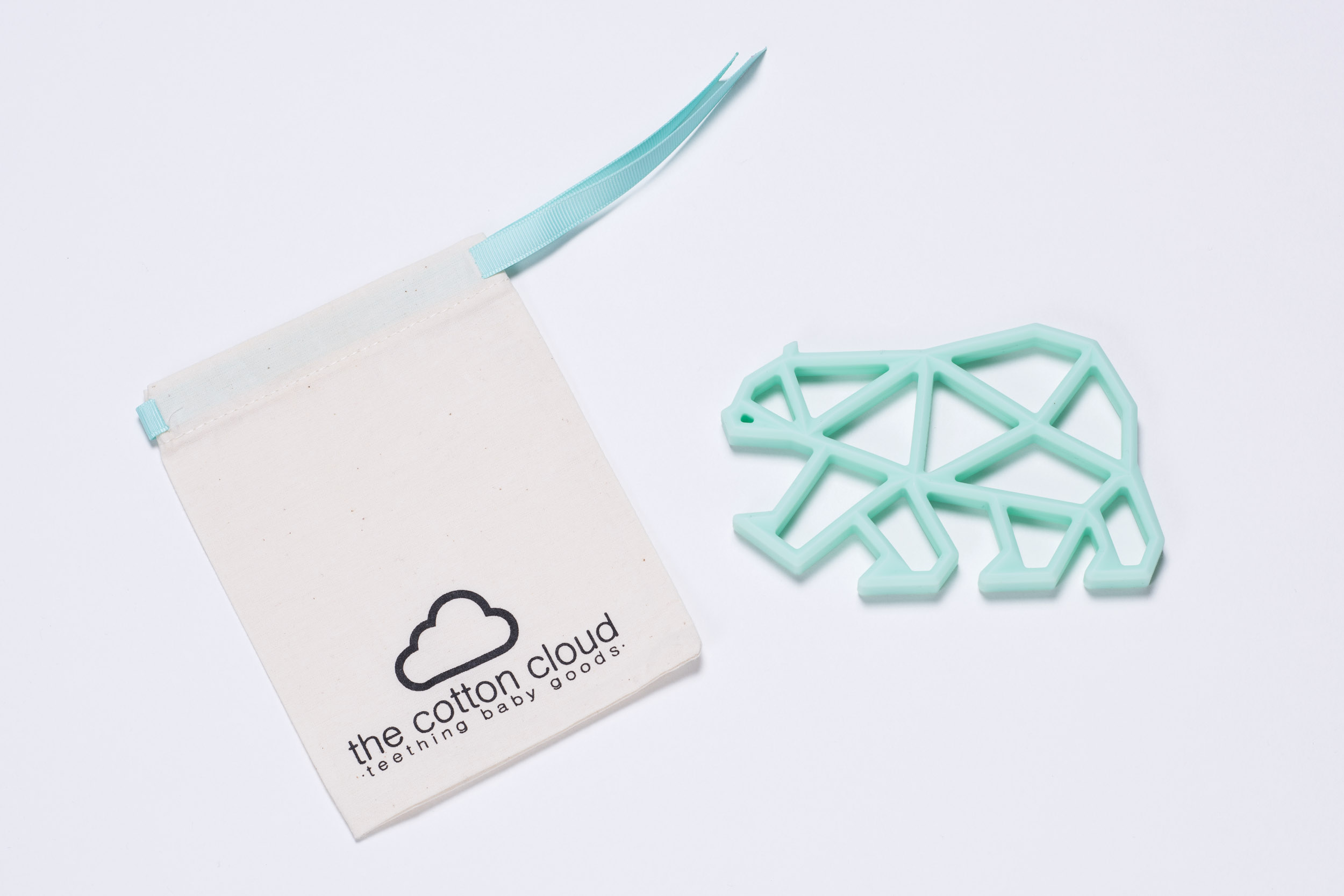 Zahnungshilfe Teddy Teether mint von The Cotton Cloud