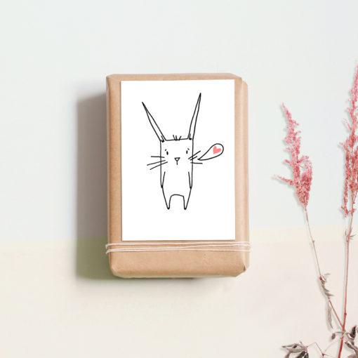 Postkarte Hase mit Herz von noull