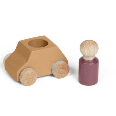 Ockerfarbenes Spielzeugauto aus Holz von Lubulona