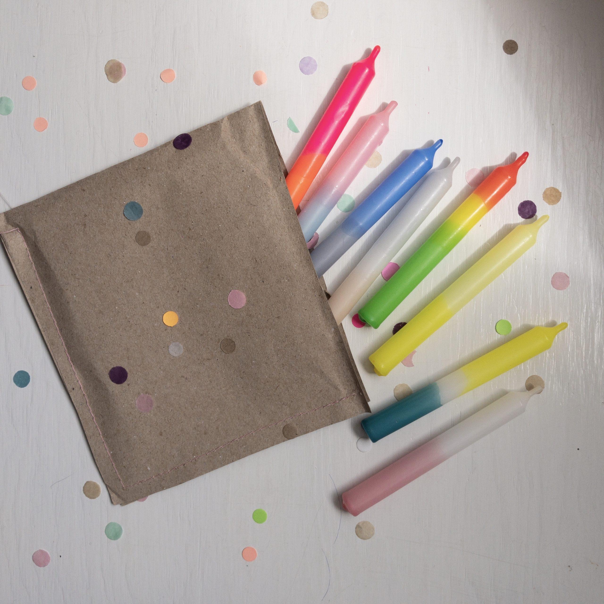 Handgefärbte Geburtstagskerze Konfetti von Frau Gold